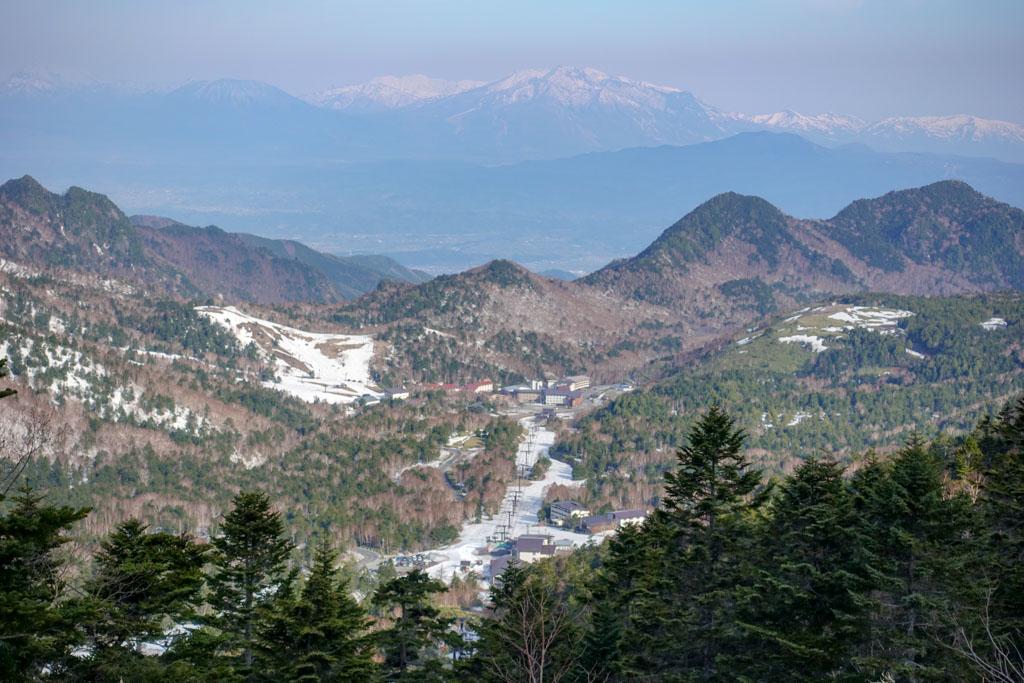 横手山エリアでも春スキーがしたいですよね!
