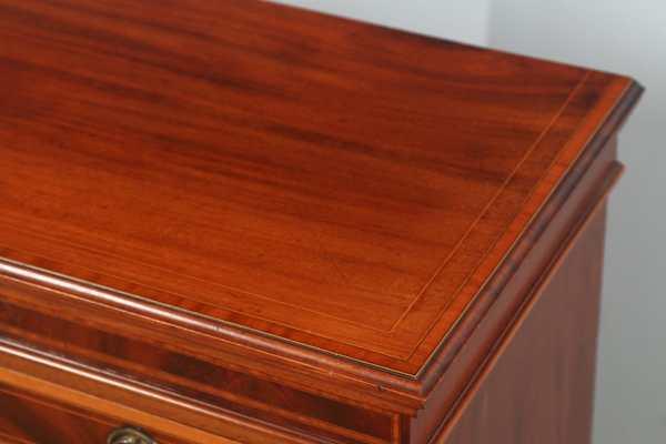 Antique English Georgian Sheraton Style Flame Mahogany & Satinwood Inlaid Chest of Drawers (Circa 1900) - yolagray.com