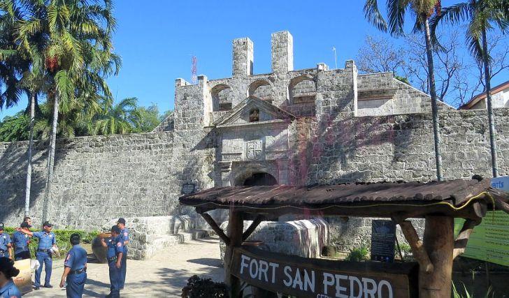 philippines-cebu-fort-san-pedro-0002-1