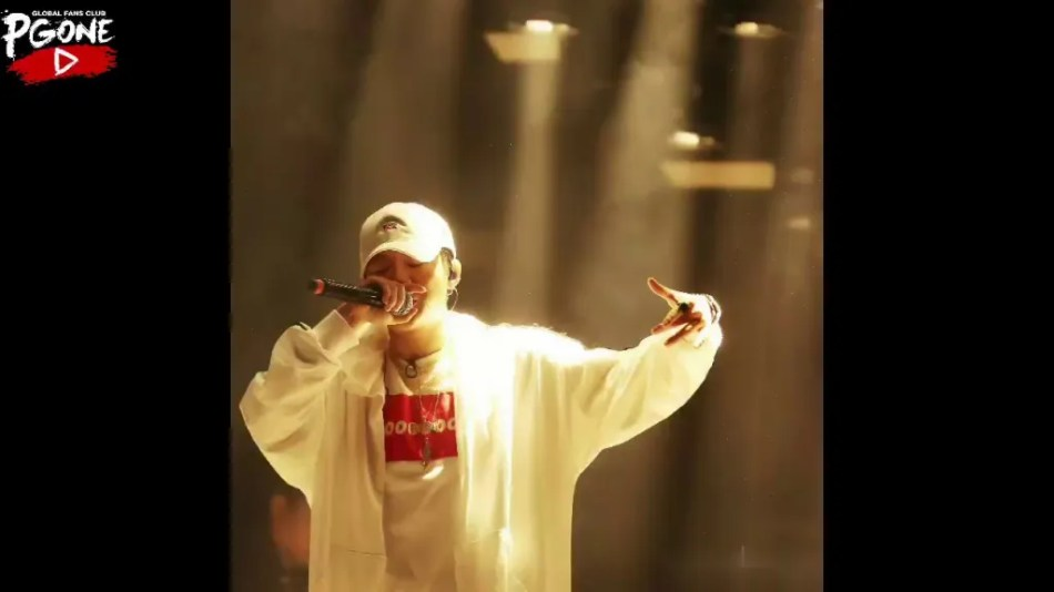 別鬧阿大哥!那個男人,愛哭鬼饒舌歌手 Lil Uzi Vert 因在街頭把弄漆彈槍被捕,解釋後馬上出獄! 6