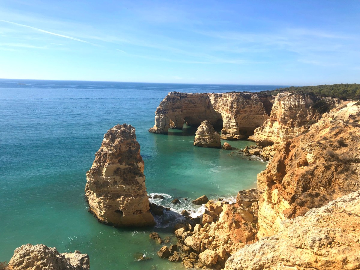 10 days in Portugal trifecta: cities, beaches, and wineries