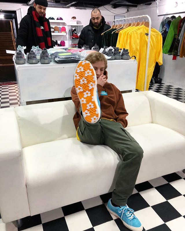 Here S How People Are Wearing The Golf Le Fleur Converse One Star Yomzansi