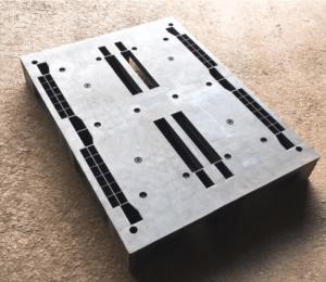 127×95 塊狀川字型塑膠棧板 正面