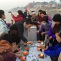 15 (Sunrise Offerings on Ganges River)