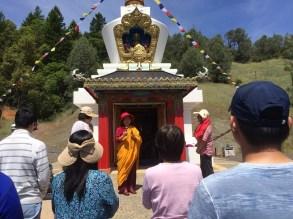Explaining the benefits of Stupa