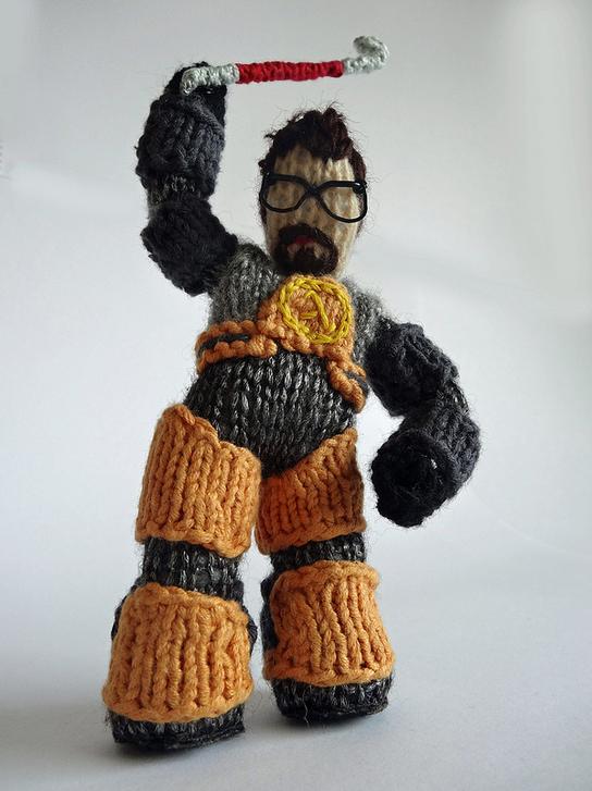 cakeyvoice-knitted-freeman