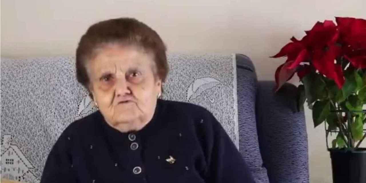 Abuela española se vuelve viral por defender a Extremadura