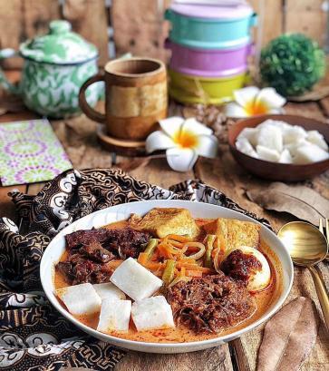 sayur lodeh laksa with ketupat hari raya dish recipe