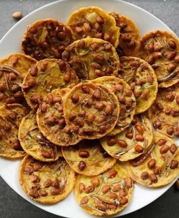 rempeyek with anchovies and peanut hari raya food recipe