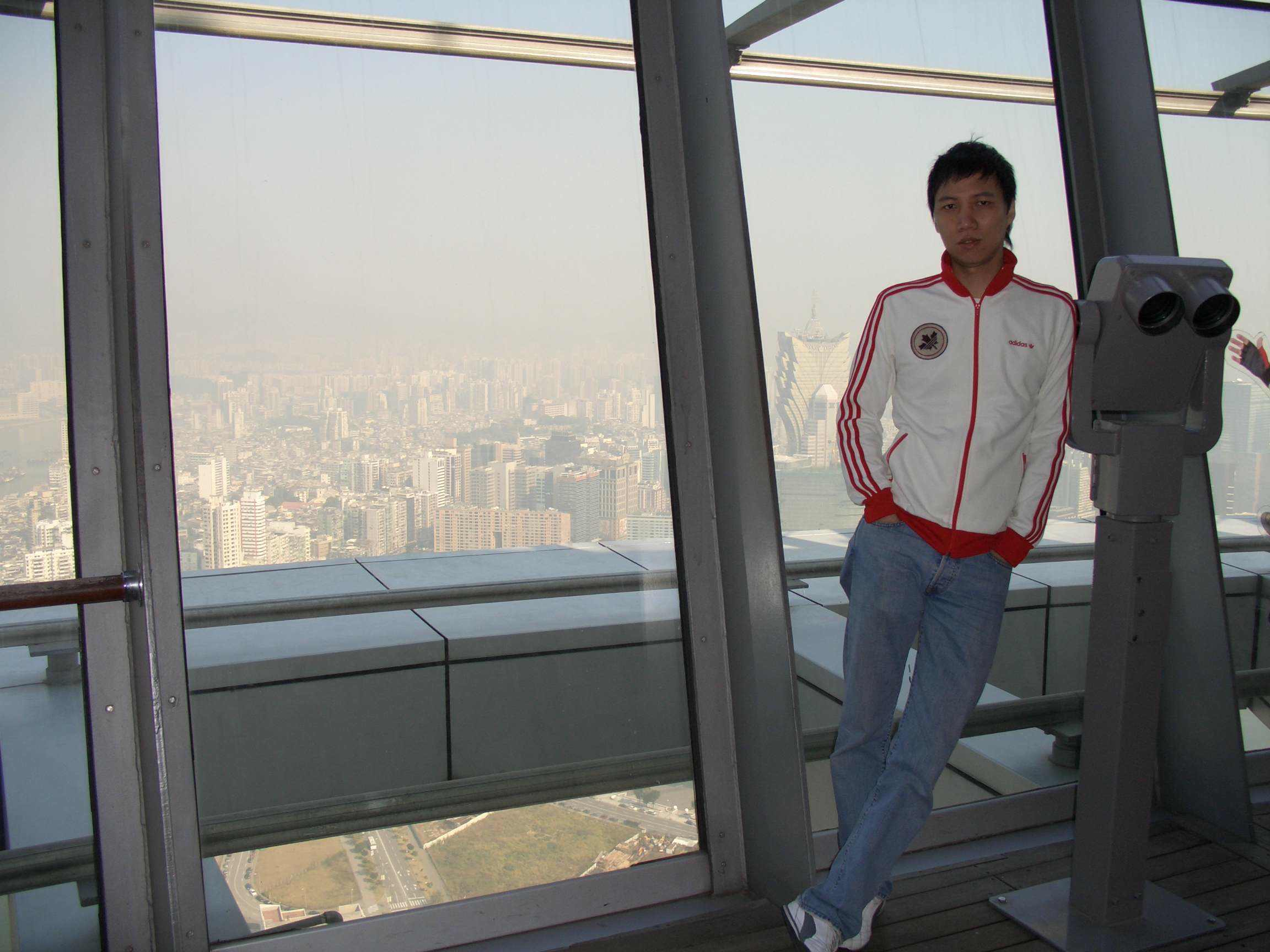foto standard yang mungkin dilakukan di semua gedung tertinggi di dunia