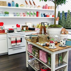 Kate Spade Kitchen Hanging Lights Nyc Guide Home Pop Up Shop York Avenue Popup 1526