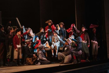 YorkLight-Oliver-2020-Photographer Tom Arber-Matthew Warry (Oliver) and young person's ensemble