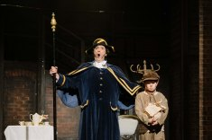 YorkLight-Oliver-2020-Photographer Tom Arber-Neil Wood (Mr Bumble) and Matthew Warry (Oliver)