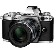 Oly_OM-DE-M5MarkIIInc12-50mm-Silver.jpg
