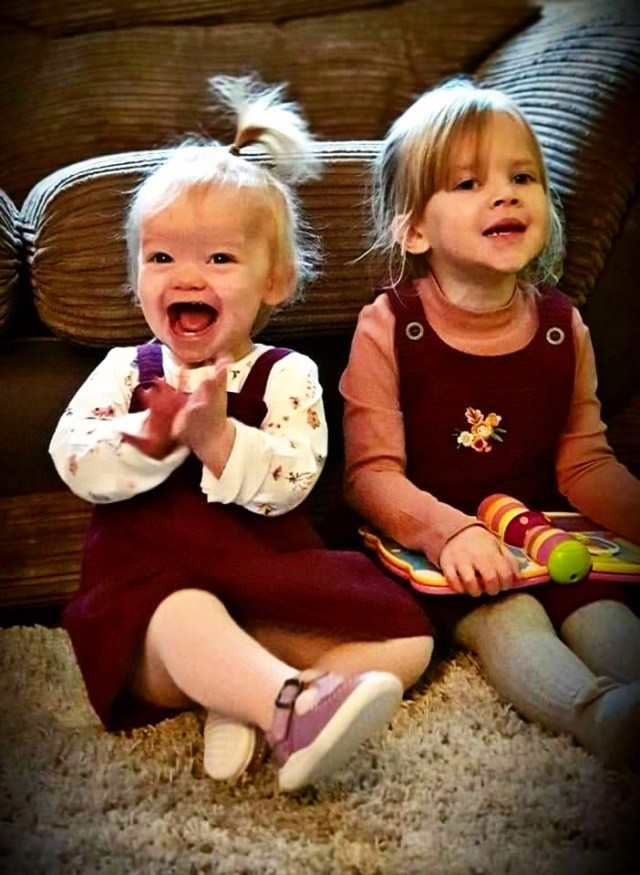 Such a cheeky happy soul charlotte is, sat n the floor. Loving the time with her sister Ellie.