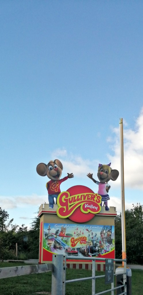 A lovely welcoming sign to greet you upon your entrance to this fun South Yorkshire Based family attraction at Gulliver's Valley Theme Park at Rother Valley.