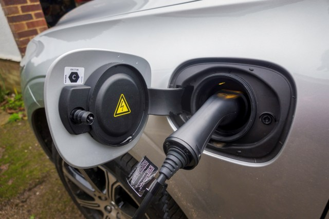The simple Plug-In for the Volvo XC60 Recharge Plug-in Hybrid T8 Inscription Pro.