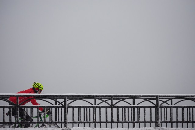Cycle comfortably this winter by wearing adequate clothing ideal for winter cycling as well as being reflective so you are easy to be seen.
