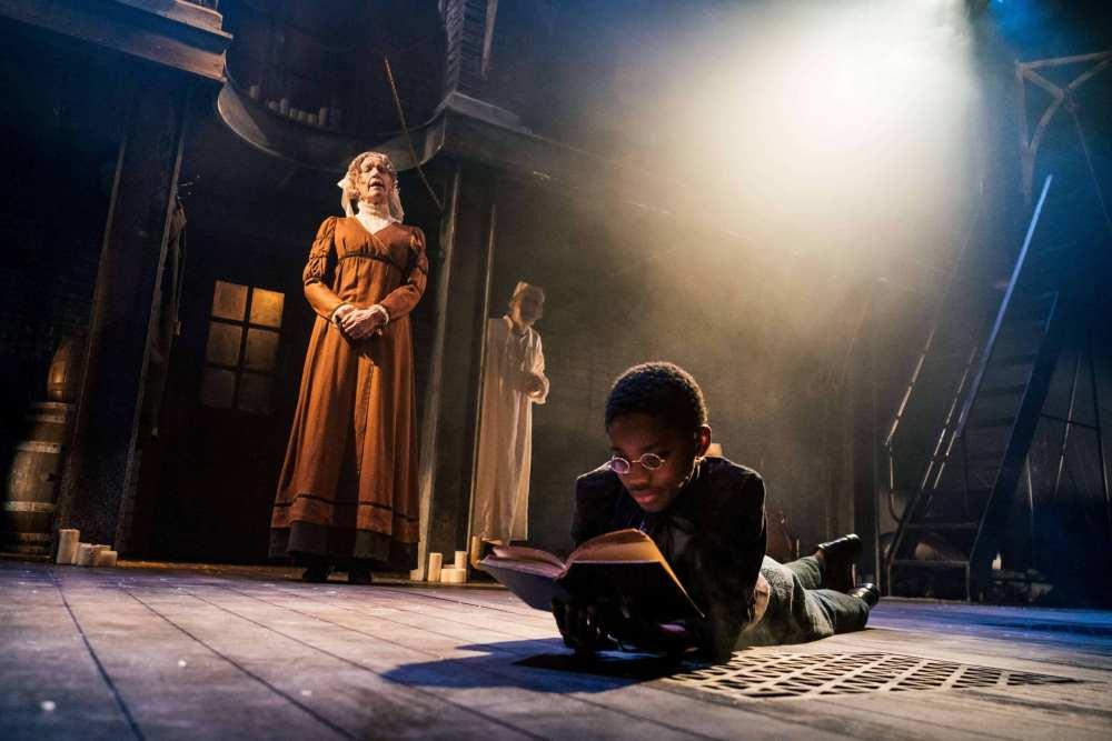 A Christmas Carol at Leeds Playhouse review - Yorkshire Tots