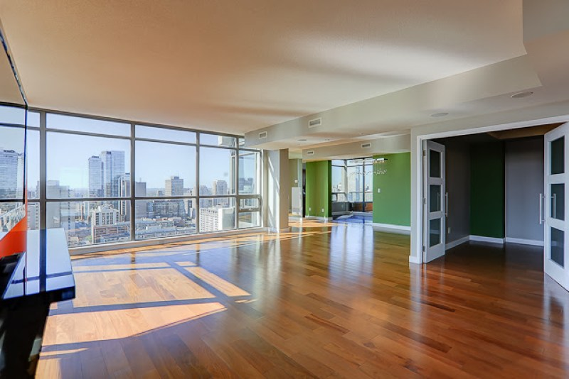 281 MUTUAL STREET PENTHOUSE FOR SALE - CONTACT YOSSI KAPLAN