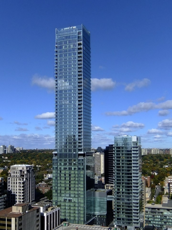 FOUR SEASONS RESIDENCES - CONDOS FOR SALE - 50 YORKVILLE AVE & 55 SCOLLARD