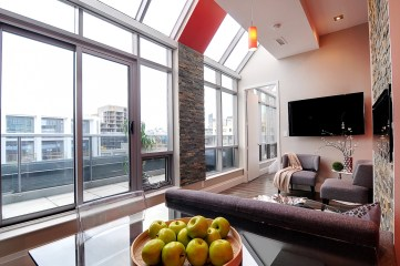 399 ADELAIDE WEST PENTHOUSE LOFT - CONTACT YOSSI KAPLAN