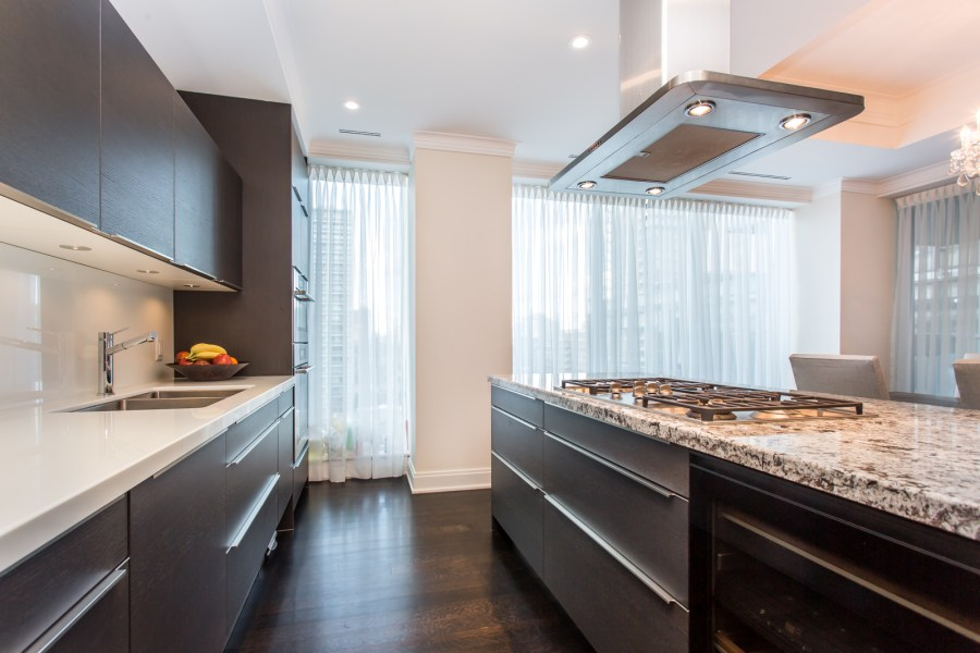 206 BLOOR WEST - LUXURY KITCHEN - CONTACT YOSSI KAPLAN