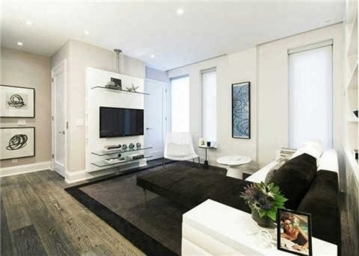 U CONDOS 69 ST MARY - THREE BED FOR SALE - CONTACT YOSSI KAPLAN