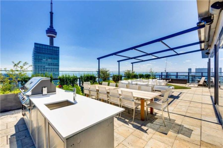 224 KING WEST PENTHOUSE - PRIVATE TERRACE