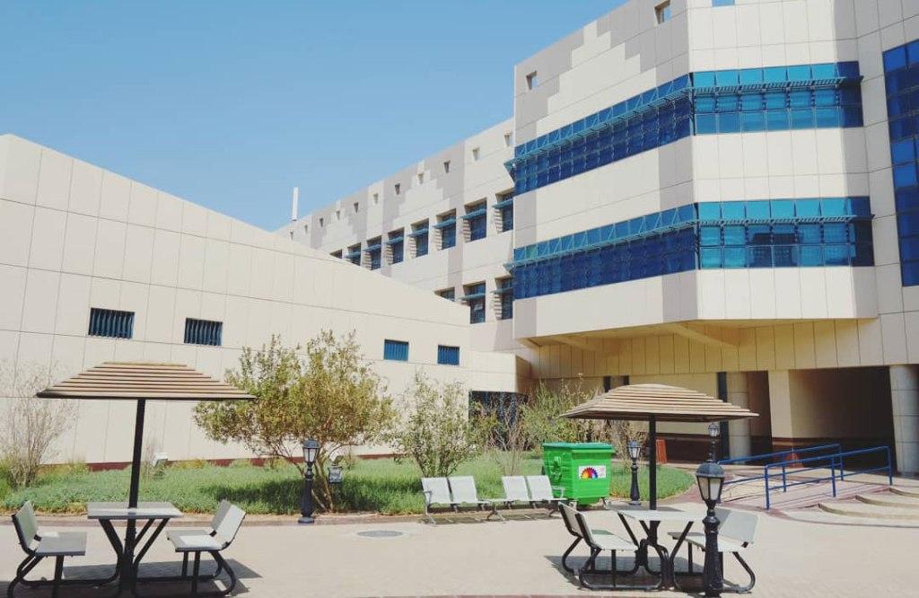 クウェート大学内