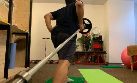 【岩倉駅前ダイエット】2ヶ月で2倍の重量でベンチプレスできるようになったアラサー横野くんのパーソナルトレーニング!