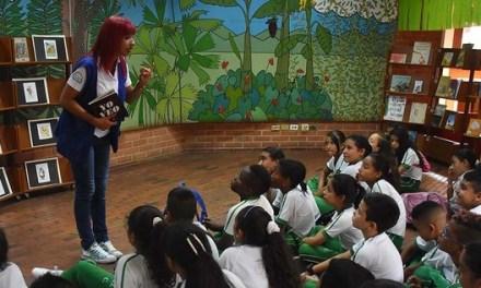 Ven y celebra el Día del Libro y de la Niñez, porque la paz es mi idioma