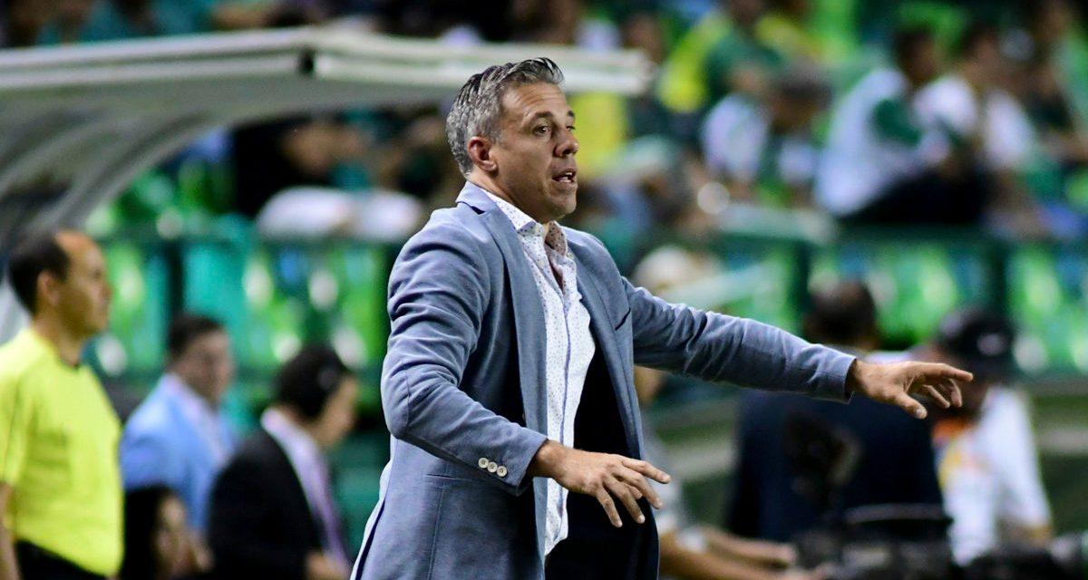 """Lucas Pusineri: """"Estoy orgulloso de dirigir este equipo, ahora en más seguir ilusionado para lo que viene"""""""