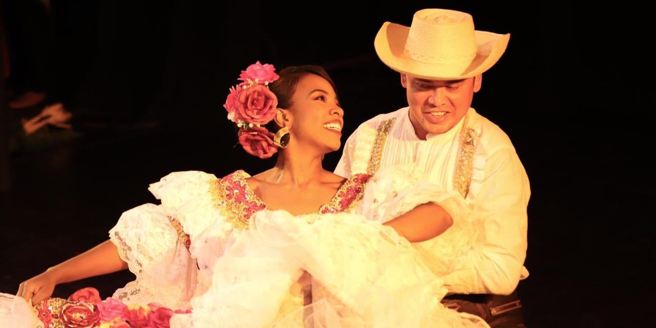 Ayer fué la gala inaugural de la versión 25 Encuentro Nacional e Internacional de Danzas Folclóricas Mercedes Montaño