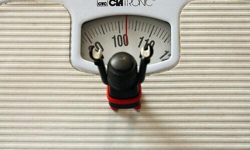 3週間で約1kg減!食事から糖質減らした途中経過を大公開!