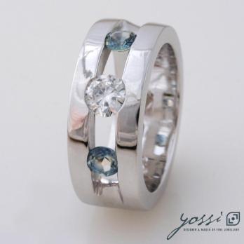 Sparkling Marine Statement Ring | Diamond, Sapphire & White Gold