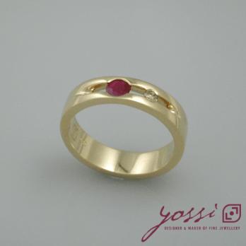 Bubbling Ruby & Champagne Diamond Ring