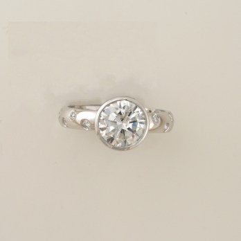 Mesmerising Brilliant Cut Diamond Ring