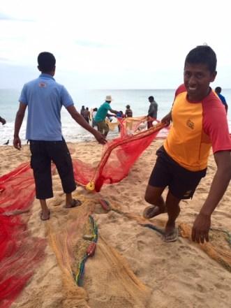 sri lanka nilaveli fishermen
