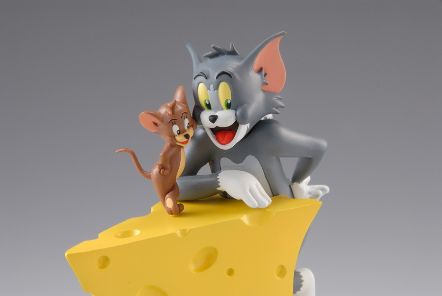 Organic Hobby Releases Tom  Jerry Vignette Collection