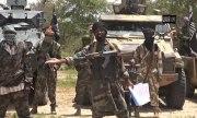 Четыре смертницы убили и ранили десятки человек на озере Чад
