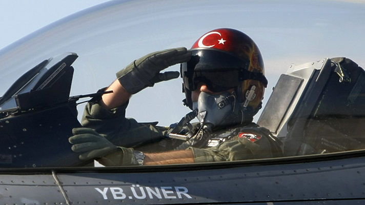 Не получая прежней поддержки из Турции, террористы теряют позиции одну за другой, сообщает телеканал «Звезда».