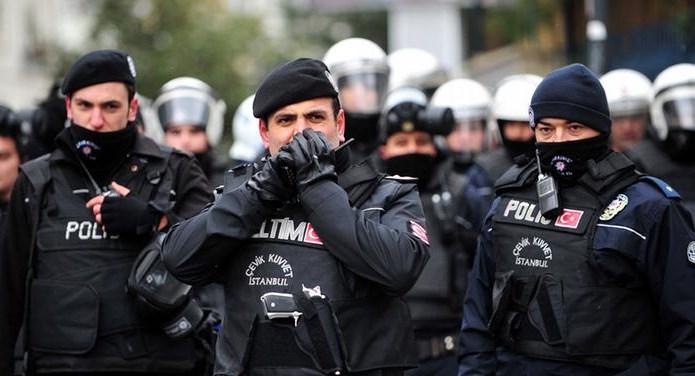 Оказывается, в обязанности охраны турецкого президента входит не только физическая защита своего клиента