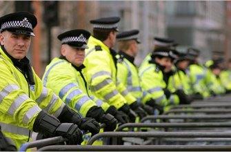10 марта в Лондоне трое сотрудников полиции не смогли задержать 55 летнего мигранта из Южной Африки.