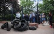 В Одессе активисты заблокировали апелляционный суд(Видео)