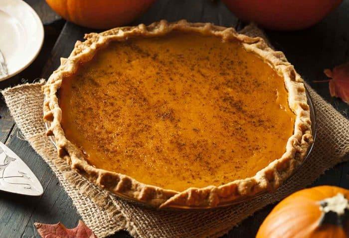 homemade pumpkin pie recipe, pumpkin pie, best pumpkin pie, easy pumpkin pie recipe, how to make pumpkin pie from scratch, pumpkin pie recipe without condensed milk, easiest pumpkin pie recipe