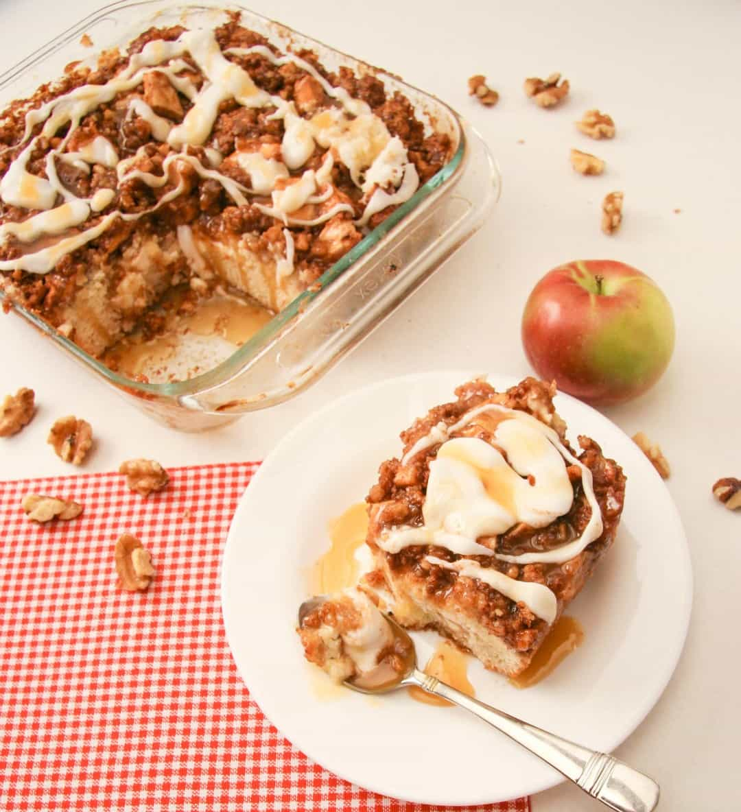 Apple Pie Coffee Cake | Love in a Pan!