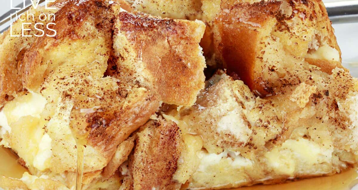 Overnight French Toast Casserole {Cinnamon Raisin!}
