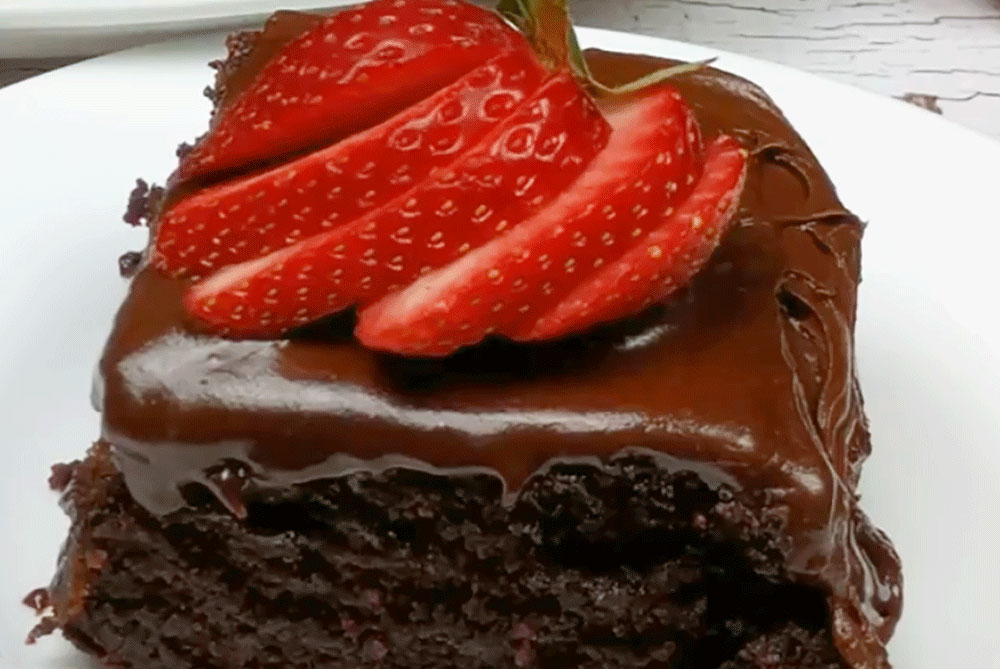 HOW TO MAKE THE BEST CHOCOLATE CAKE USING THIS SECRET!