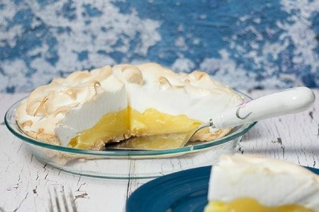 Homemade Lemon Meringue Pie | Lemony Delicious!